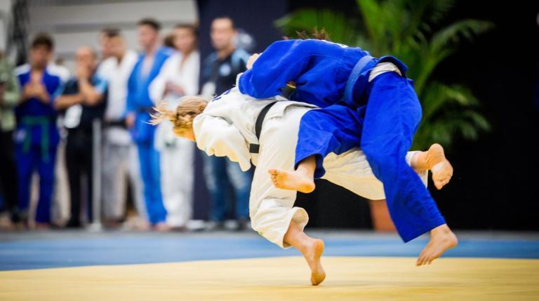 How Maeve balances study & athletic success