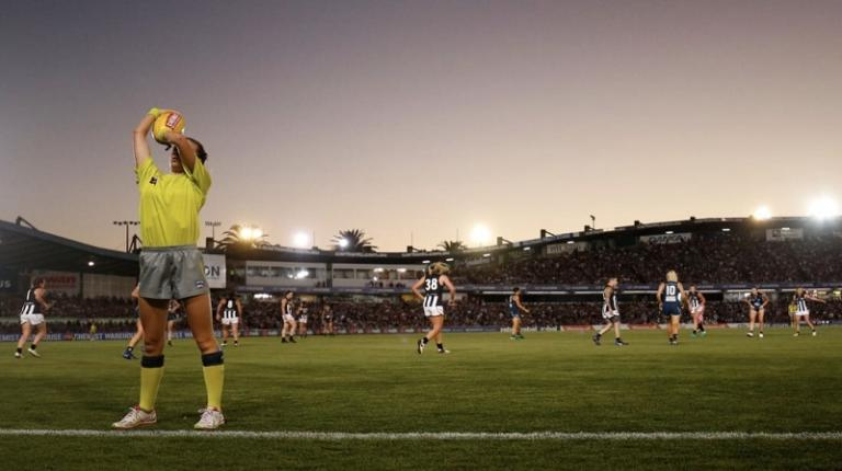 Footy umpire Mel discovers the key to career happiness